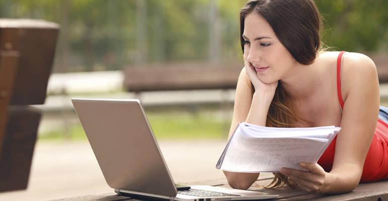 Vale a pena fazer curso online para concursos?